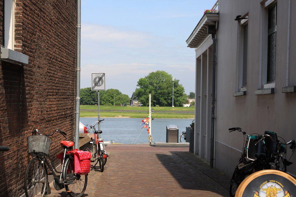 Vexierbild: Finde Kinette am IJsselquai in Kampen!
