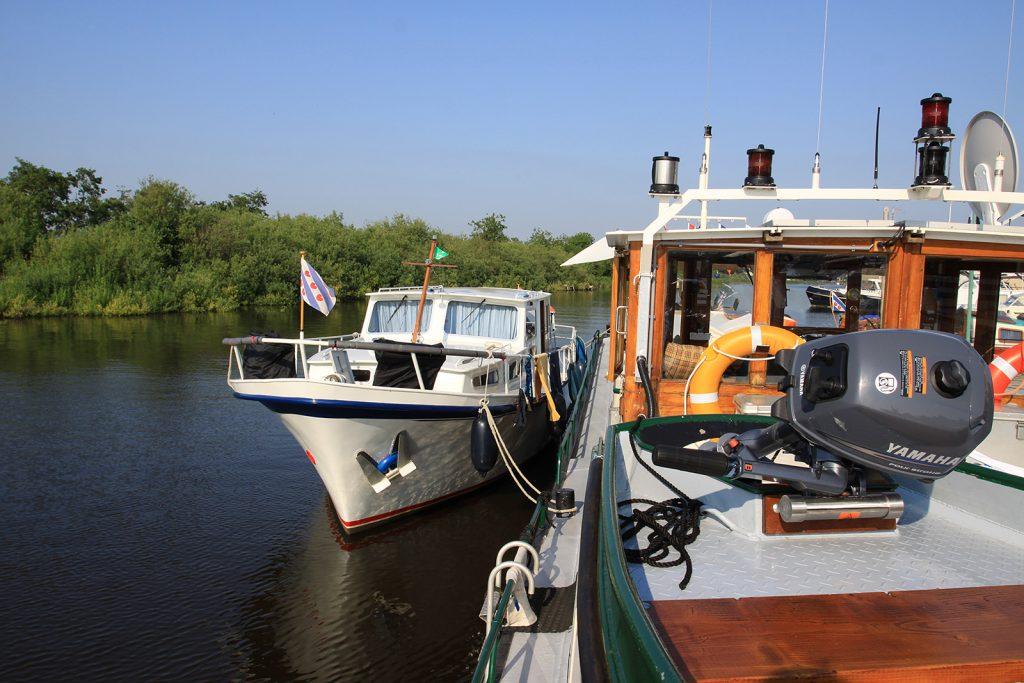 Umsteigen von Schiff auf Jacht