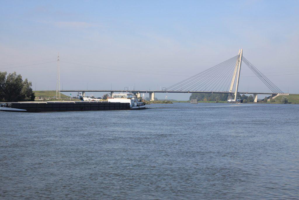 Auf der Gelderschen IJssel unterhalb Kampen