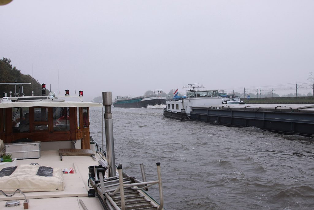 Auf dem Amsterdam-Rheinkanal