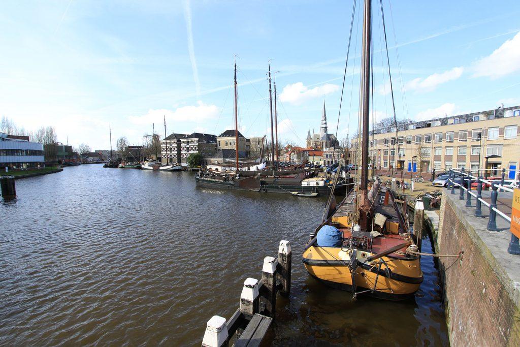 Historischer Hafen in Gouda
