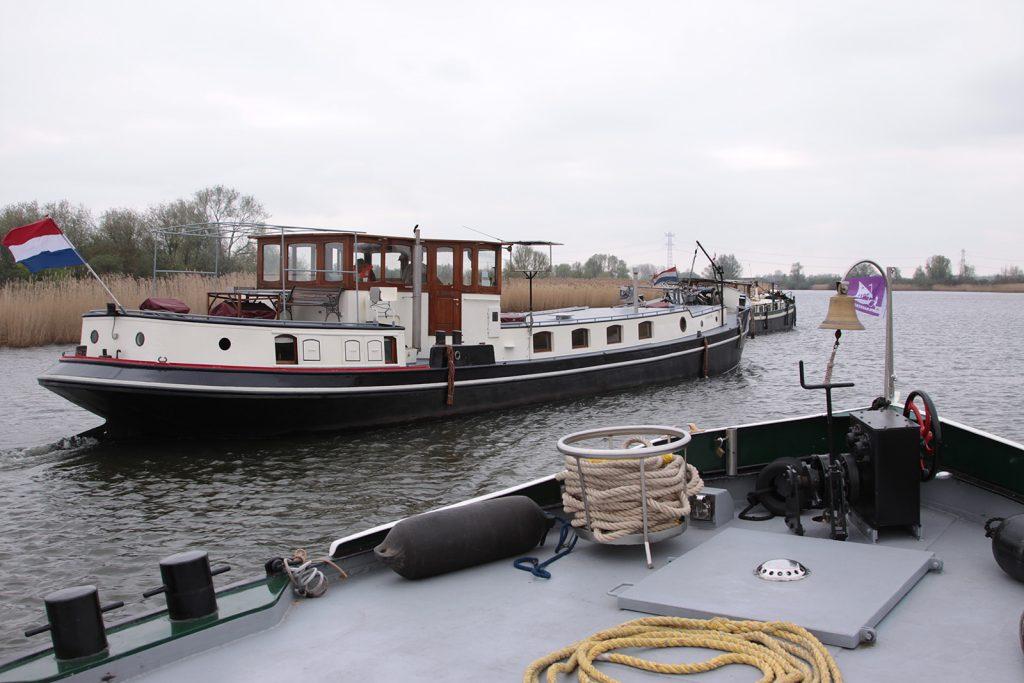 Unterwegs in den Biesbosch: Vorne «Shell V», dann «Lawrence» und «Kinette»