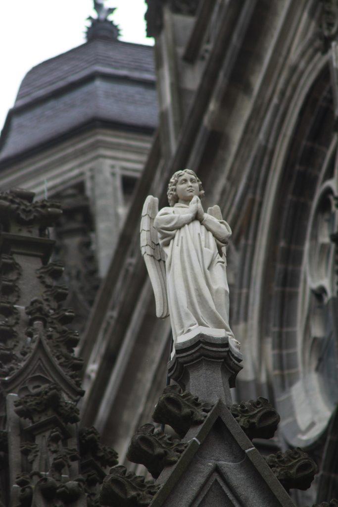 Engel im Gebet – wie es sich gehört