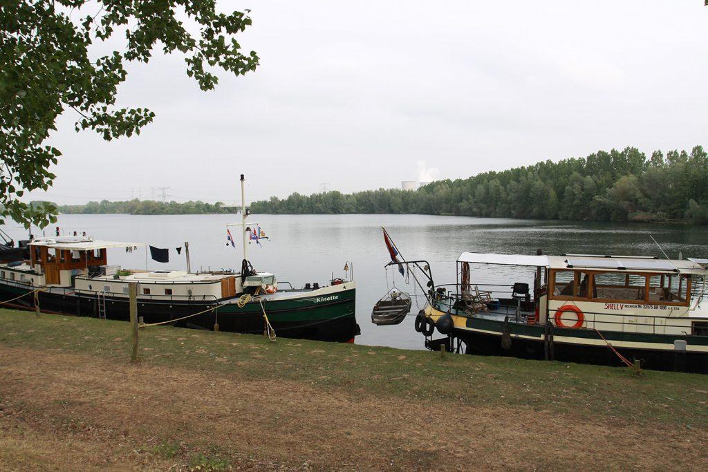 Liegeplatz an einem ehemaligen Baggersee