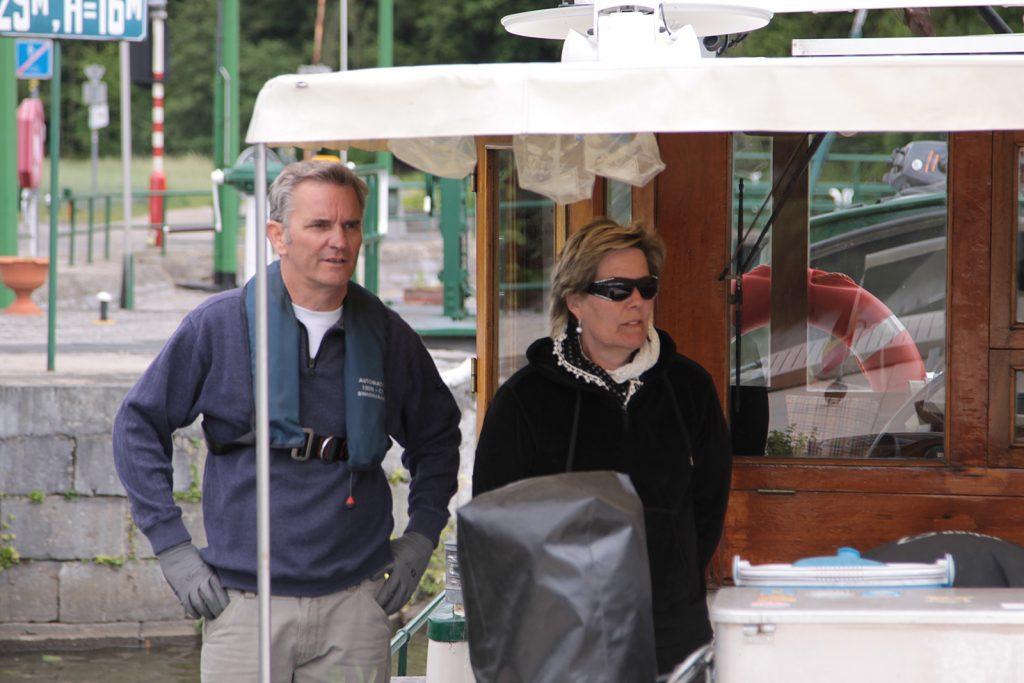 In Namur kommen Armin und Bea Schnellmann an Bord