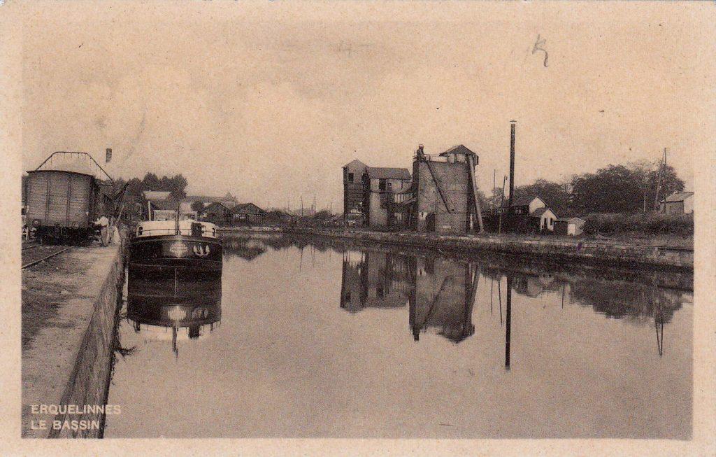 Im Hafen wurde Kohle von der Eisenbahn auf Lastkähne umgeladen (Foto Sammlung Christian Huber)