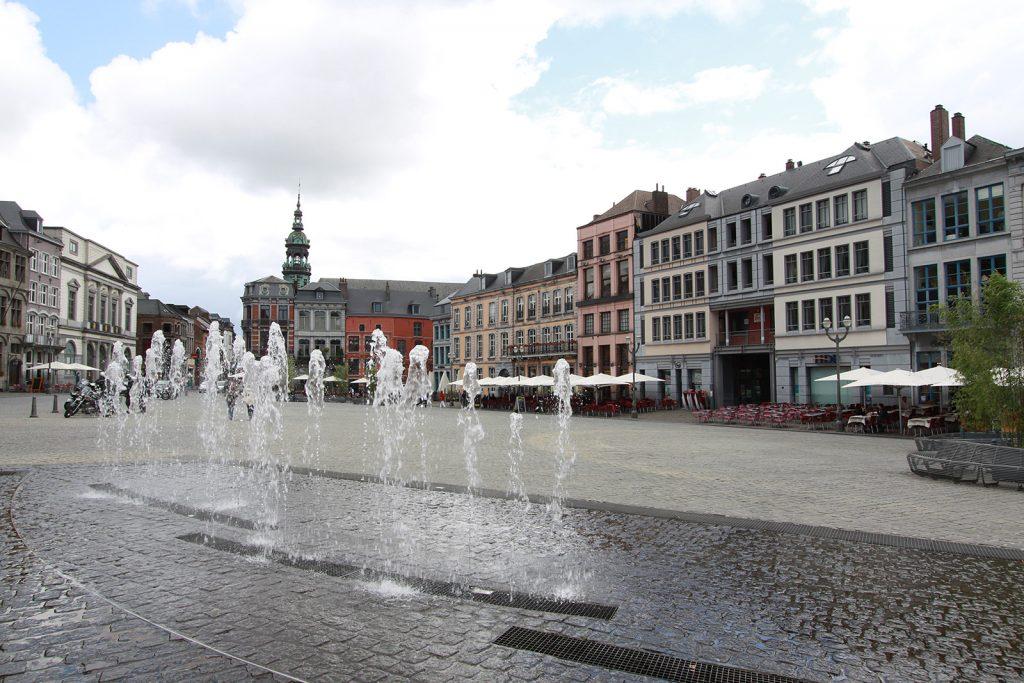 Die Grand-Place von Mons