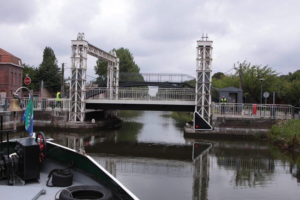Eine besonders schön restaurierte Hebebrücke in Roubaix