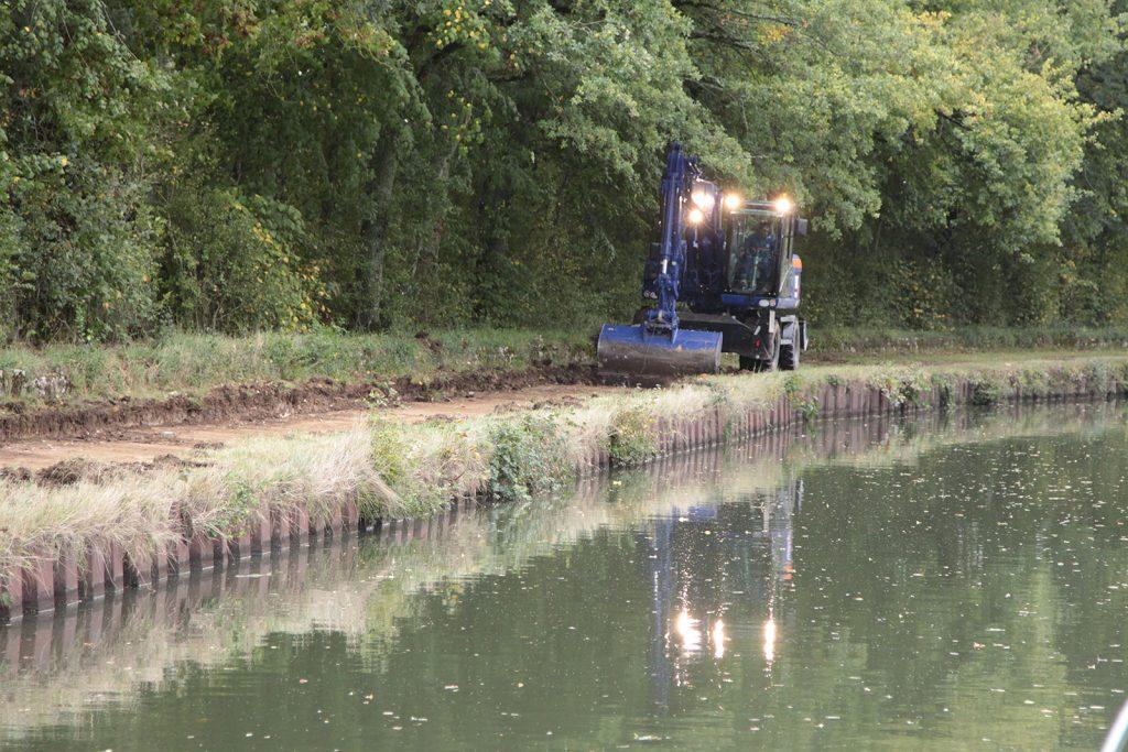 Ein neuer Uferweg entsteht am Canal latéral à la Loire