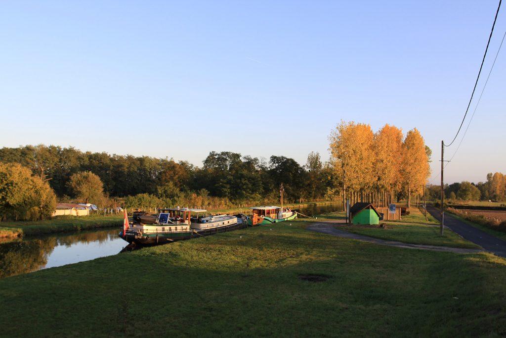 Mit «Wietske» am Canal de Roanne à Digoin