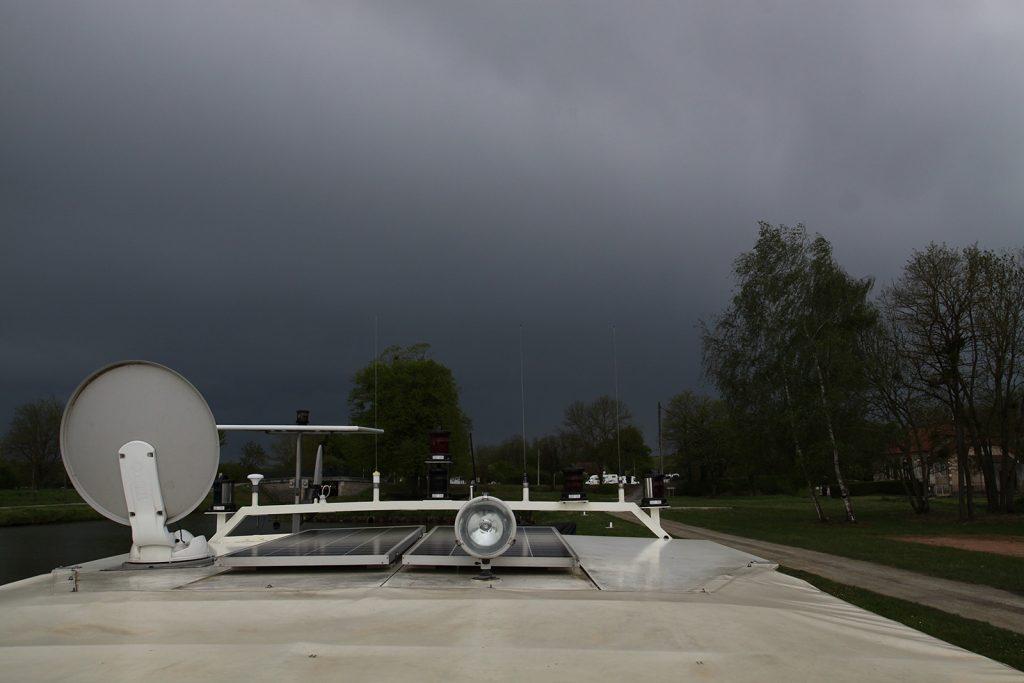 Ein schwerer Sturm zieht über Beaulon herauf