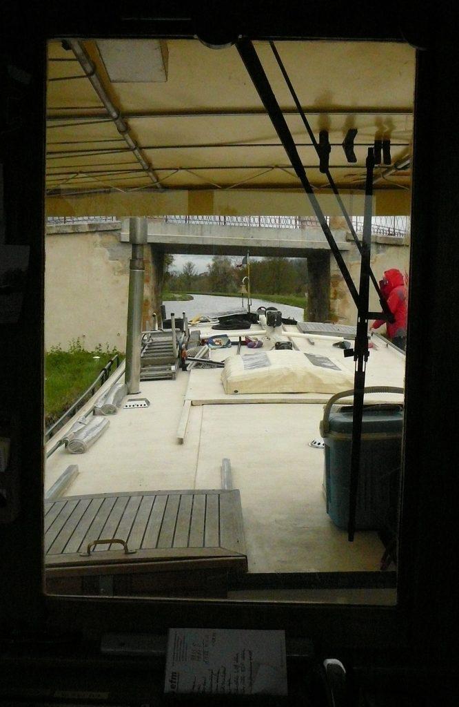 Die Brückenpassage bei Iguerande aus dem Blickwinkel des Kapitäns