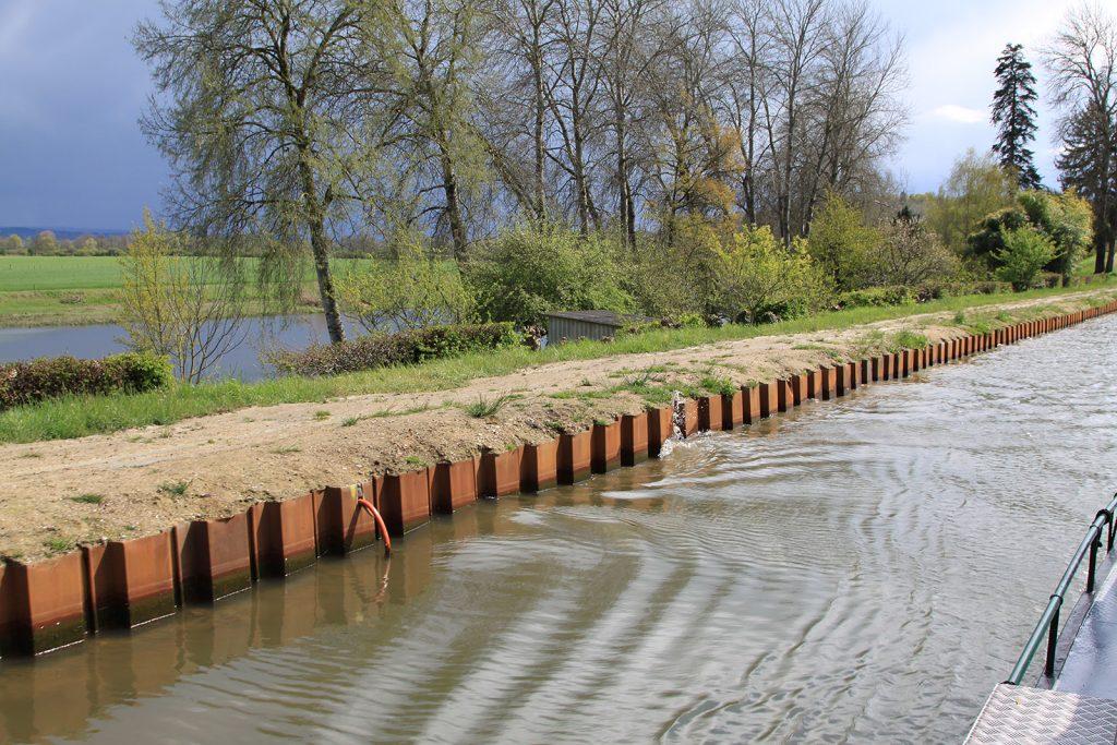 Der Kanal verläuft entlang der Loire