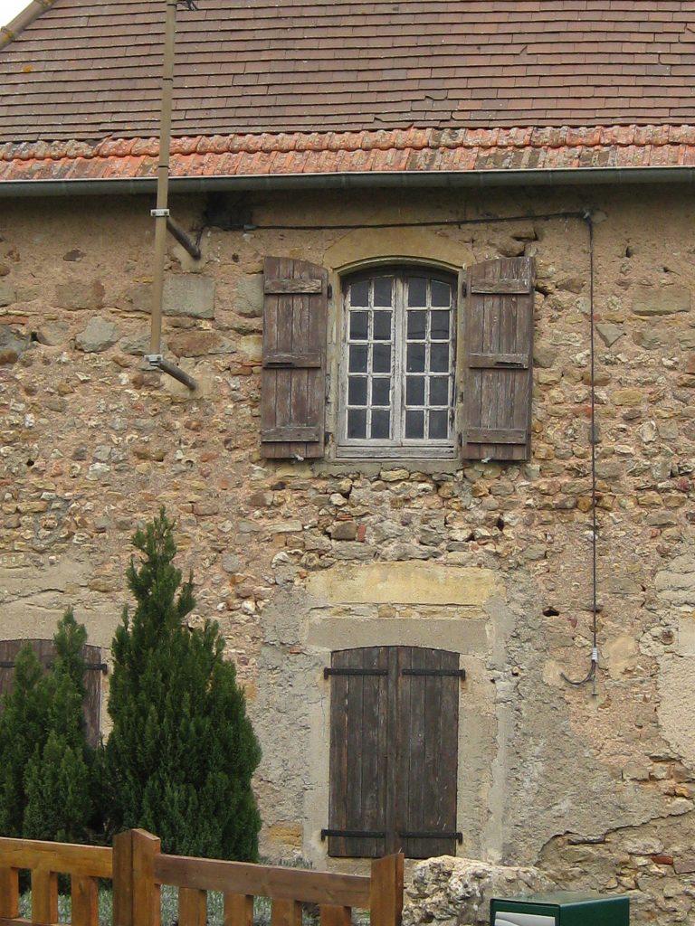 Ein Haus im klassischen Brionnais-Baustil
