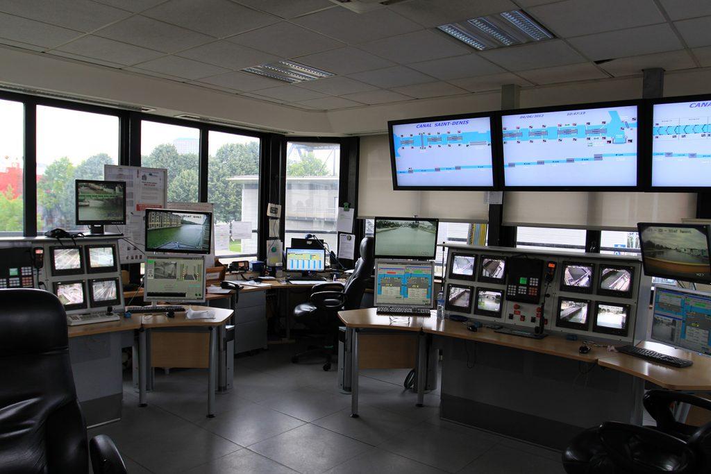 Im Kontrollzentrum bei der Écluse 1 pont de Flandres