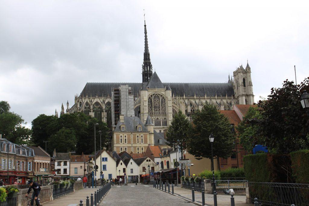 Die riesige Kathedrale von Amiens