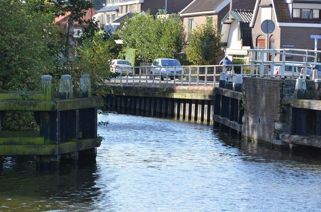 Einfädeln in die kanalisierte Hollandsche IJssel