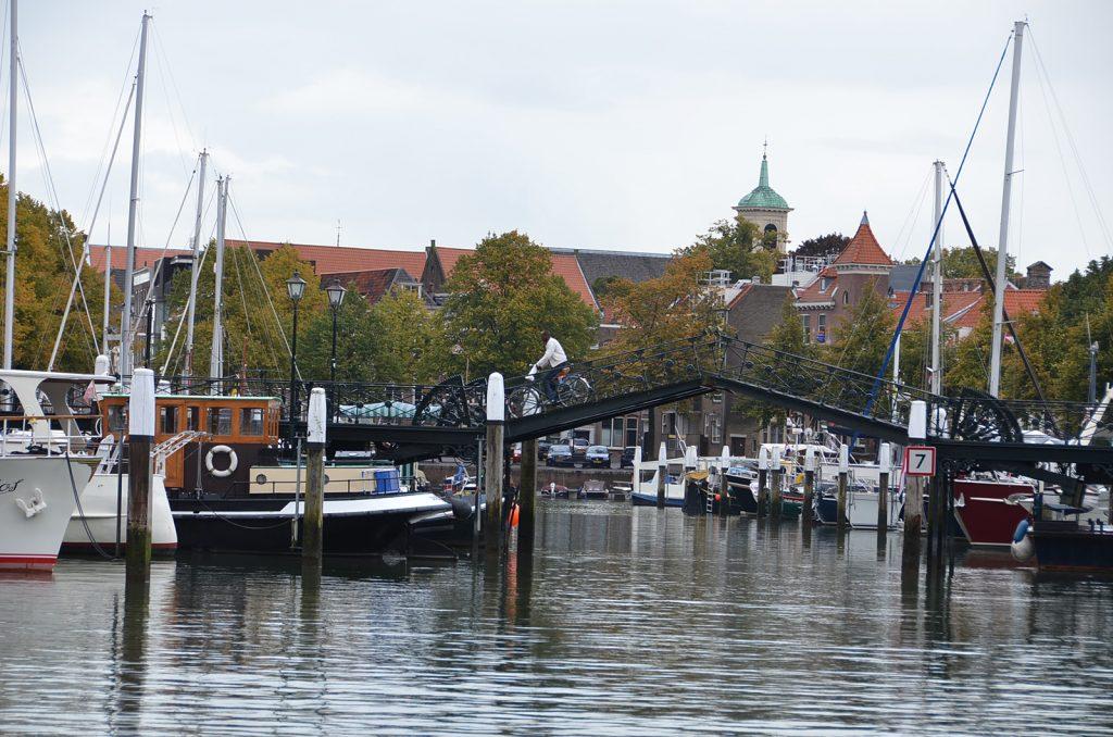 Im Hafen der Königl. Ruder- und Segelvereinigung Dordrecht