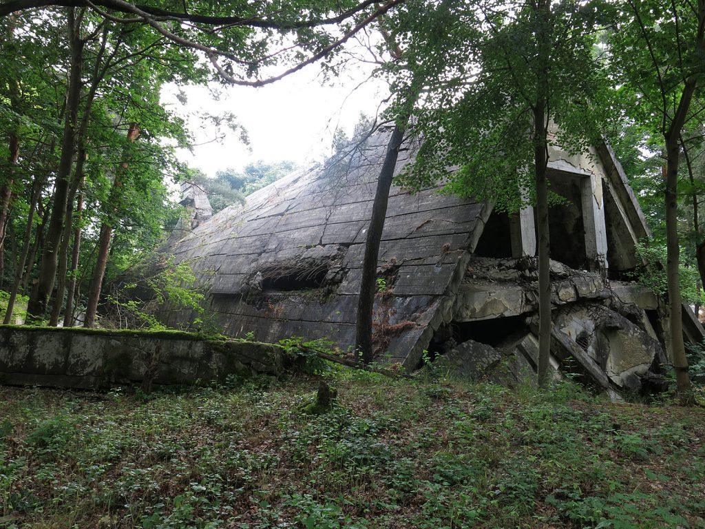 Die gesprengten Bunker des Oberkommandos des Heeres in Wünsdorf