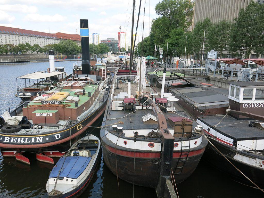 Der historische Hafen bei der Fischerinsel