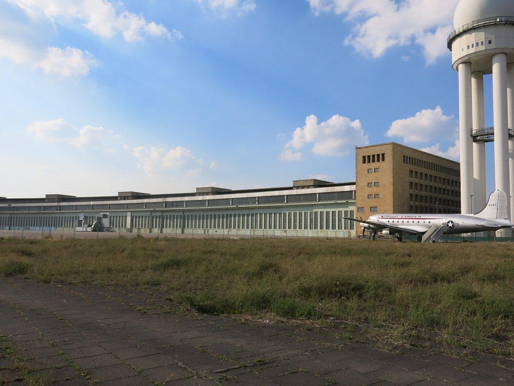 Das Flughafengebäude Berlin-Tempelhof