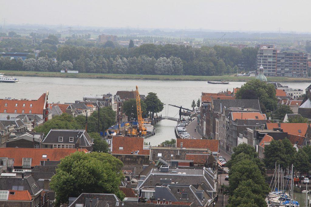 Wolwevershaven (mit gelbem Baggerkran)