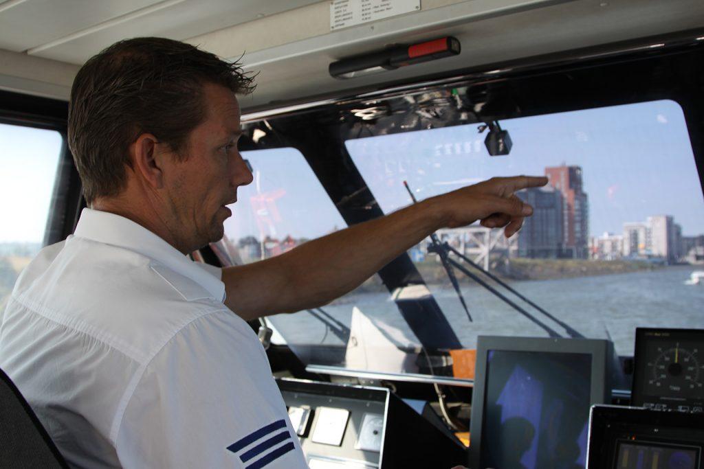 Im «Cockpit» eines Waterbus