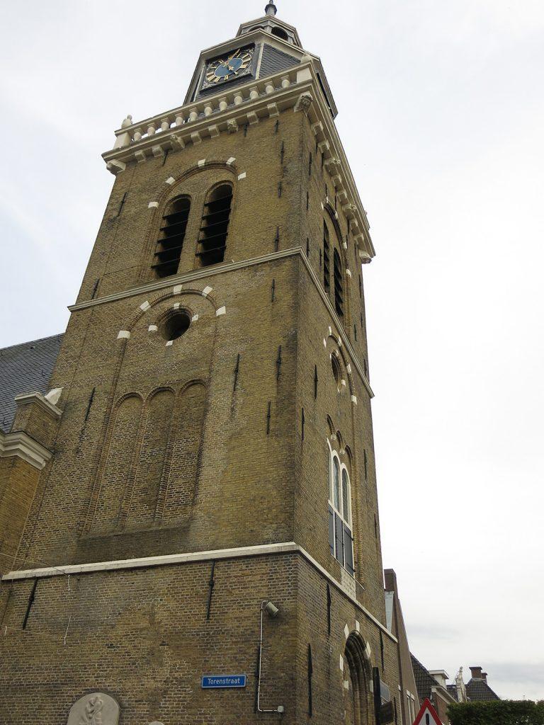 Der Kirchturm von Joure datiert aus dem Jahr 1628