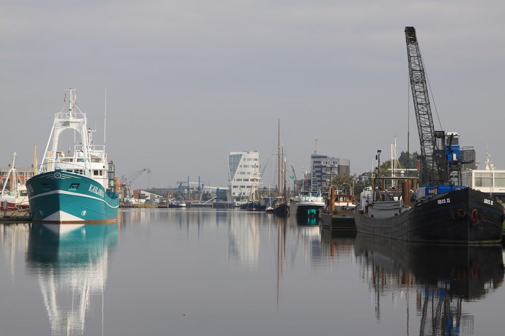 Der alte Eemskanal in Delfzijl