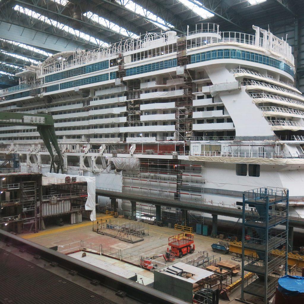 Ein Kreuzfahrtschiff entsteht