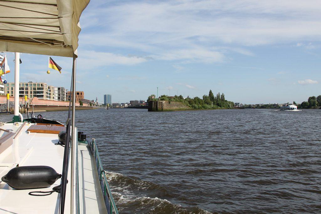 Einlaufen in den Europahafen