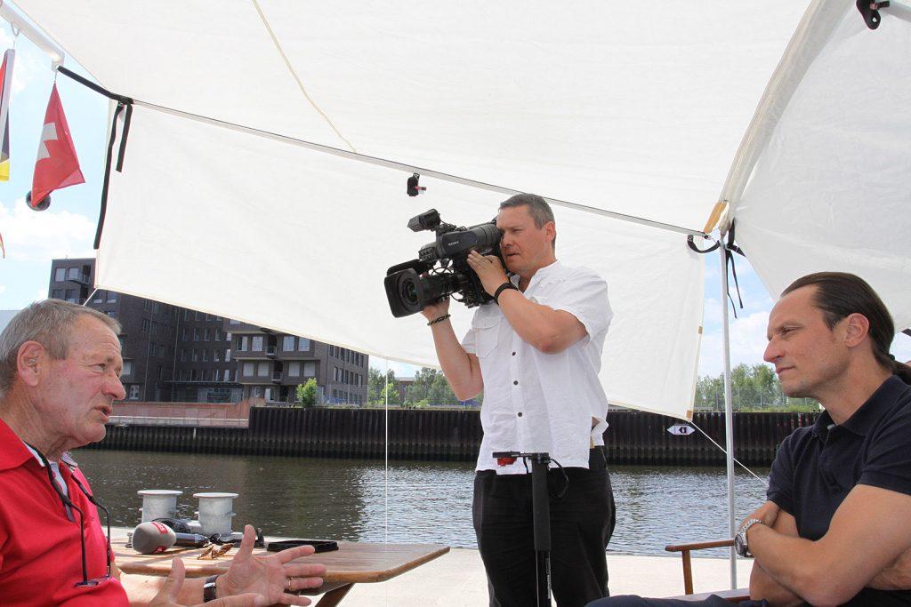 Das Schweizer Fernsehen an Bord