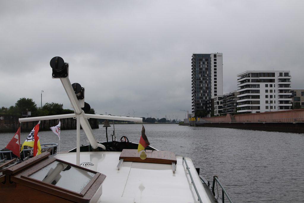 Auslaufen aus dem Europahafen