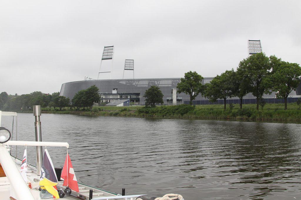 Am Stadion von Werder Bremen vorbei