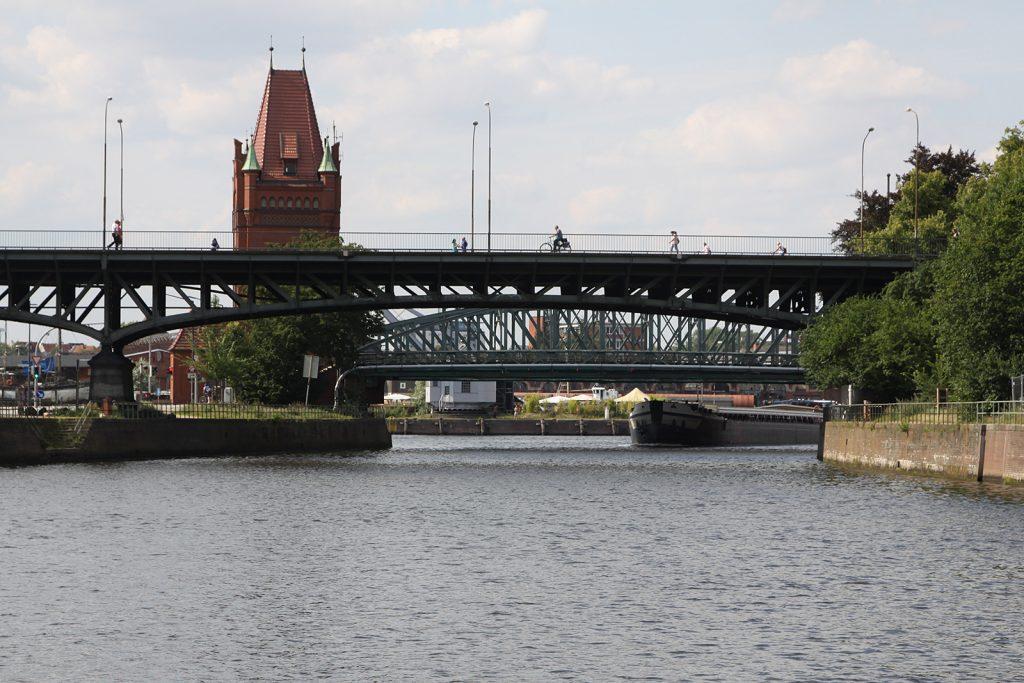 Die beiden historischen Hubbrücken von Lübeck