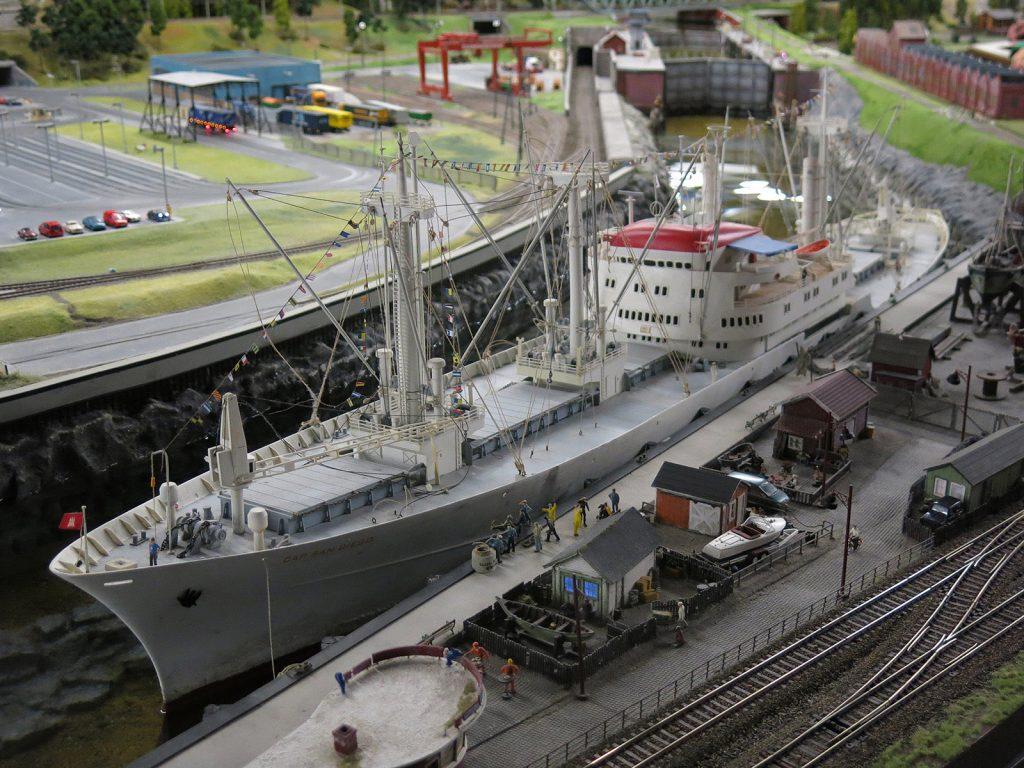 Das Museumsschiff Cap San Diego im Modell