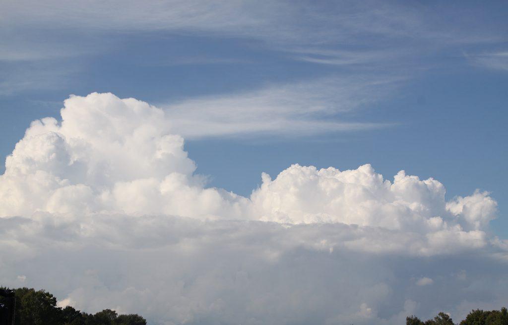 Wolkentürme über Geesthacht