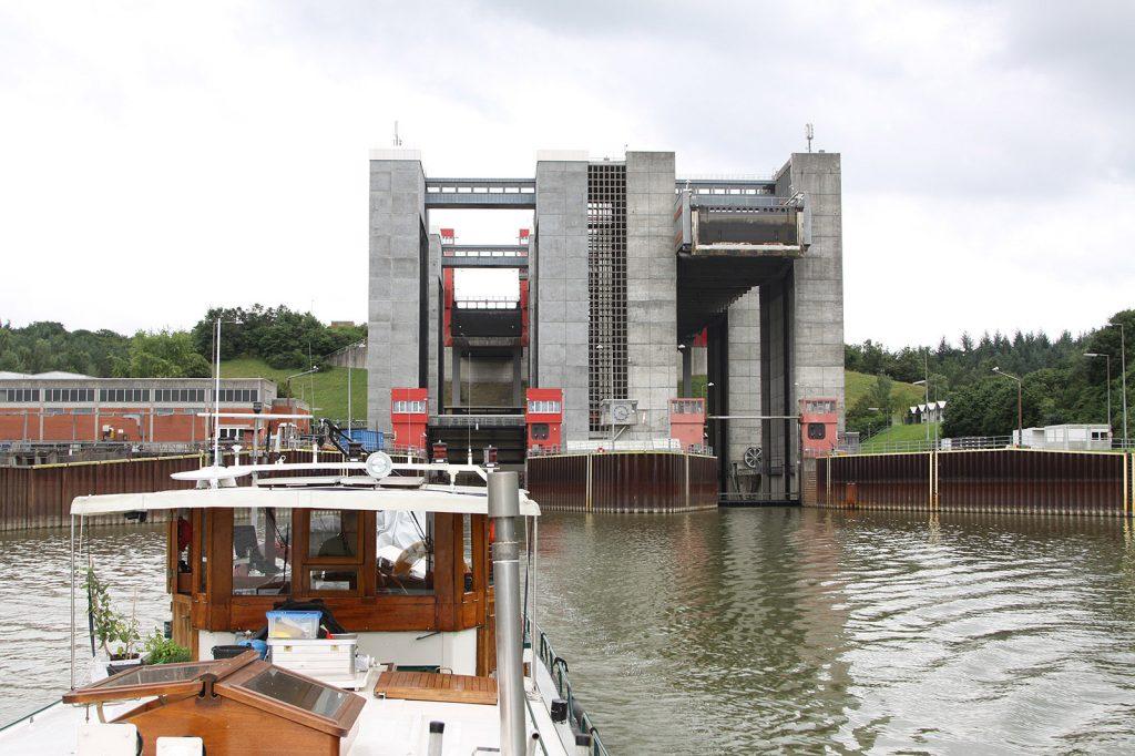 Schiffshebewerk Lüneburg-Scharnebeck (Elbe-Seitenkanal)