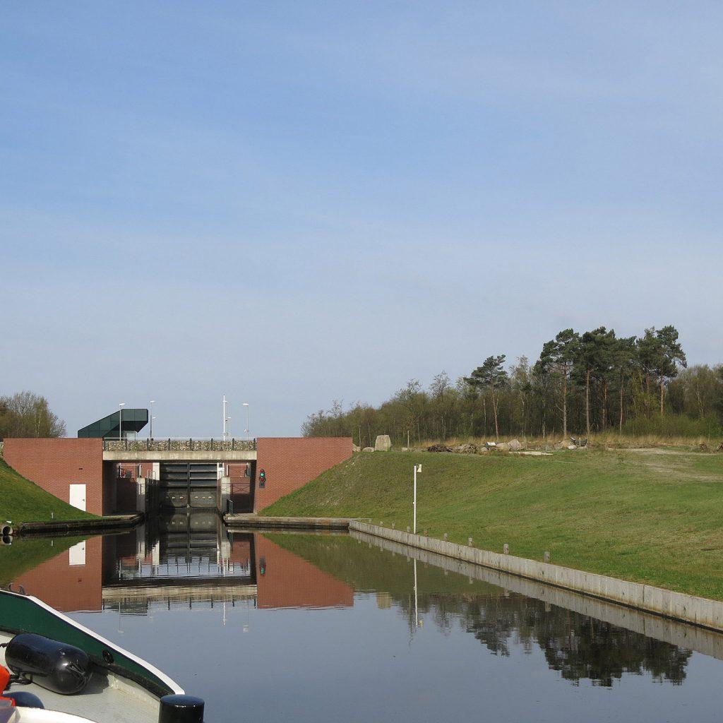 Die Doppelschleuse des König Willem Alexander-Kanals
