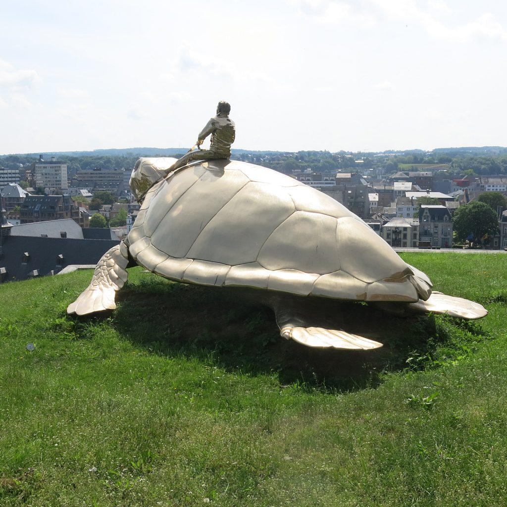 Riesenschildkröte auf der Zitadelle von Namur