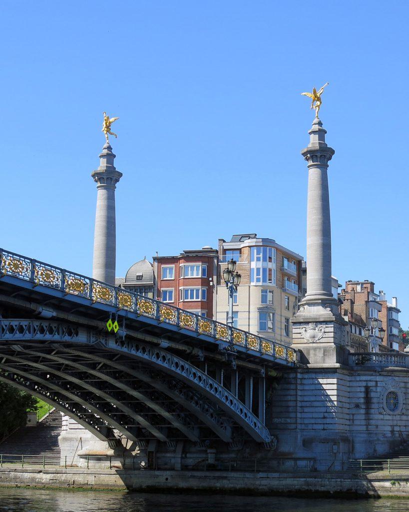 Maasbrücke in Lüttich